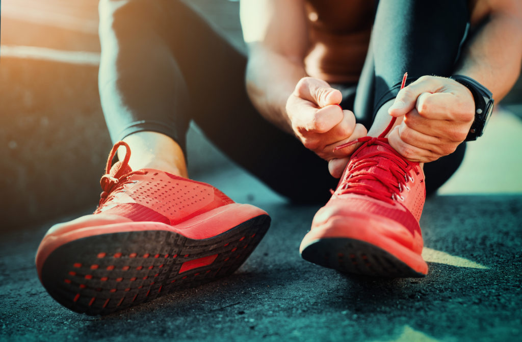 Reduce stress fractures by properly tying shoes